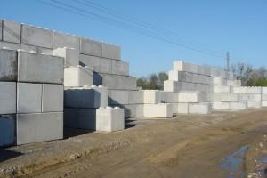 Bloki betonowe imury oporowe