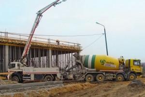 Budowa zakładu dla Pilkington wChmielowie